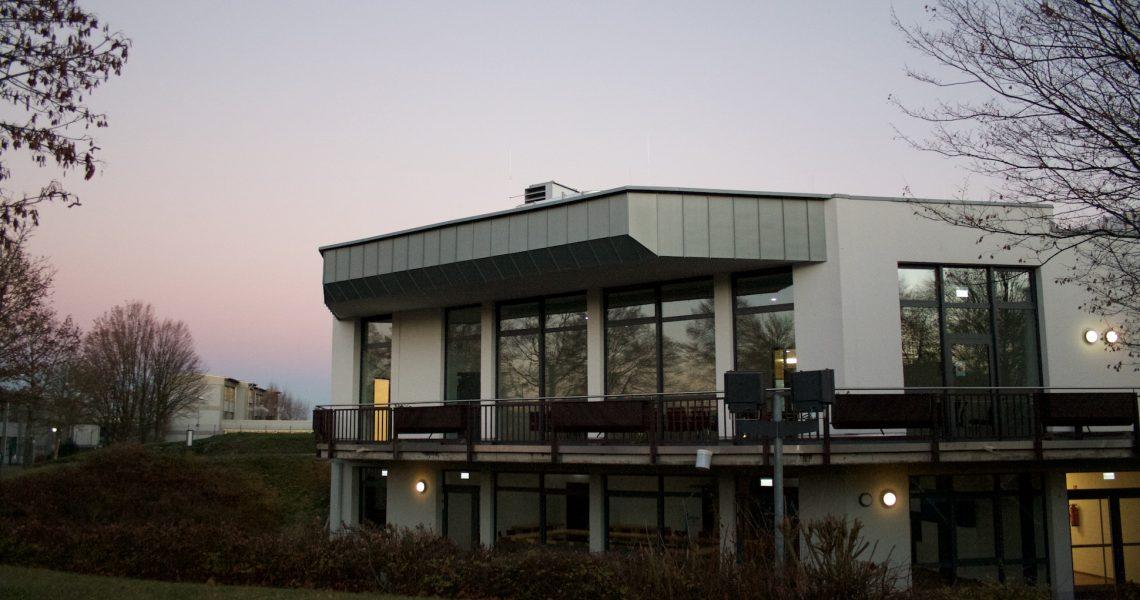 Buergerhaus Aussen 3